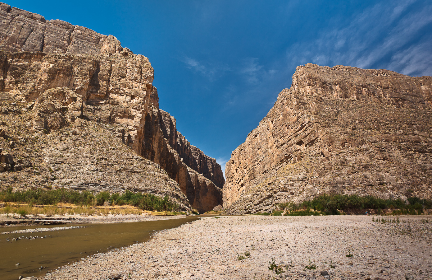 santa elena Spectacular santa elena santa elena canyon, downstream, is the most popular overnight or three day trip, not only because the put-in and take-out are easily accessed by car, but because it.